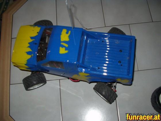 Crawler auf Tamiya Ta01 Basis, gebaut lange bevor es RC Crawler zu kaufen gab ;o)